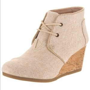 Tomes Wedge